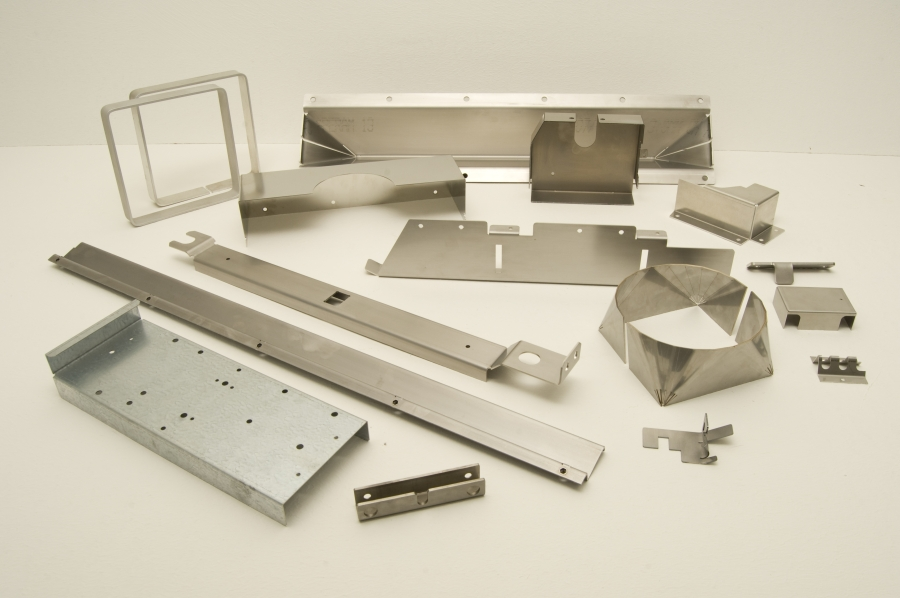 cnc biegen cnc biegen von stahl baustahl edelstahl aluminium mit co2 lasern pretec. Black Bedroom Furniture Sets. Home Design Ideas